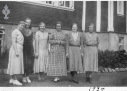 Fokehøgskulen Utsund Elevbilete 1934 saumeskule - #KvH 123 b
