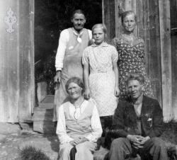 Frå Åkre Mostauljente og Åkrejentene 1934 - #KvH 05-049 b