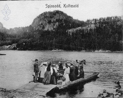 Ferja ved Spjotsodd før1908 - #KvH 14-032 b