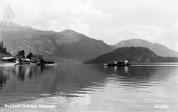 Ferja ved Spjotsodd 1930åra - #KvH 14-038 b