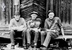 Frå venstre Olav Gunnar og Arne Nordskog - kVH 05-008 b