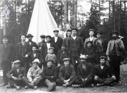 Arbeidslag telefon i Haukomgrend 1910/11 - KvH 03-006 b