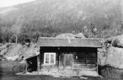 Århus i Vrådal Stoga brann i 1940 - #KvH 04-176 b