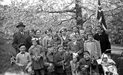 Bergstod skule 17 mai 1953 - #KvH 087 b