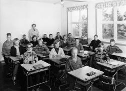 Brunkeberg skule 6 kl 1965 66 - #KvH 152 b