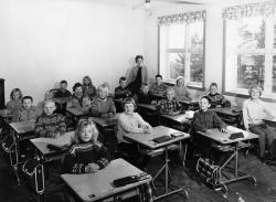 Brunkeberg skule 1 3  kl 1965 66 - #KvH 154 b