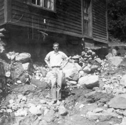 Flaum 1953 Kviteseidbyen - #KvH 02-129 b