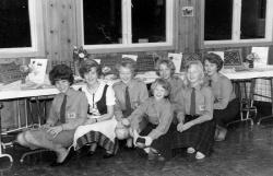 Tiuren 4H Haustfest 1964 jentene - #KvH 03-078 b