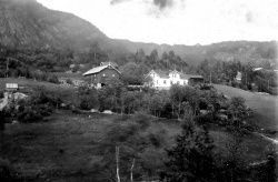 Midtsund Utigard Omland 1910 - #KvH 04-202 b