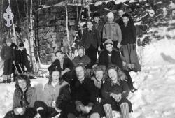 Middelskulen 1946 47 - #KvH 072 b