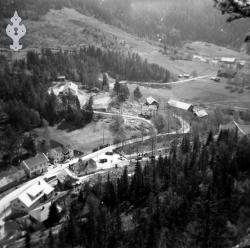 Brunkeberg frå Kyrkjenuten omlag 1960 - #KvH 04-053 b