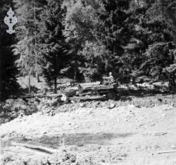 Flaum 1953 nr 08 Haukomgrend - KvH 02-087 b